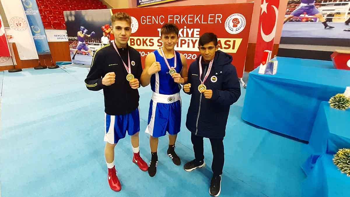 Genç Erkekler Türkiye Ferdi Boks Şampiyonası'nı 3 altın madalyayla tamamladık