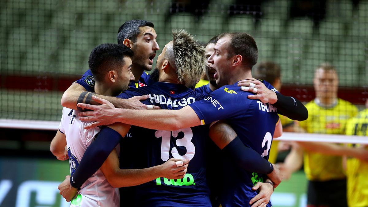 Fenerbahçe HDI Sigorta 3-0 Arhavi Voleybol