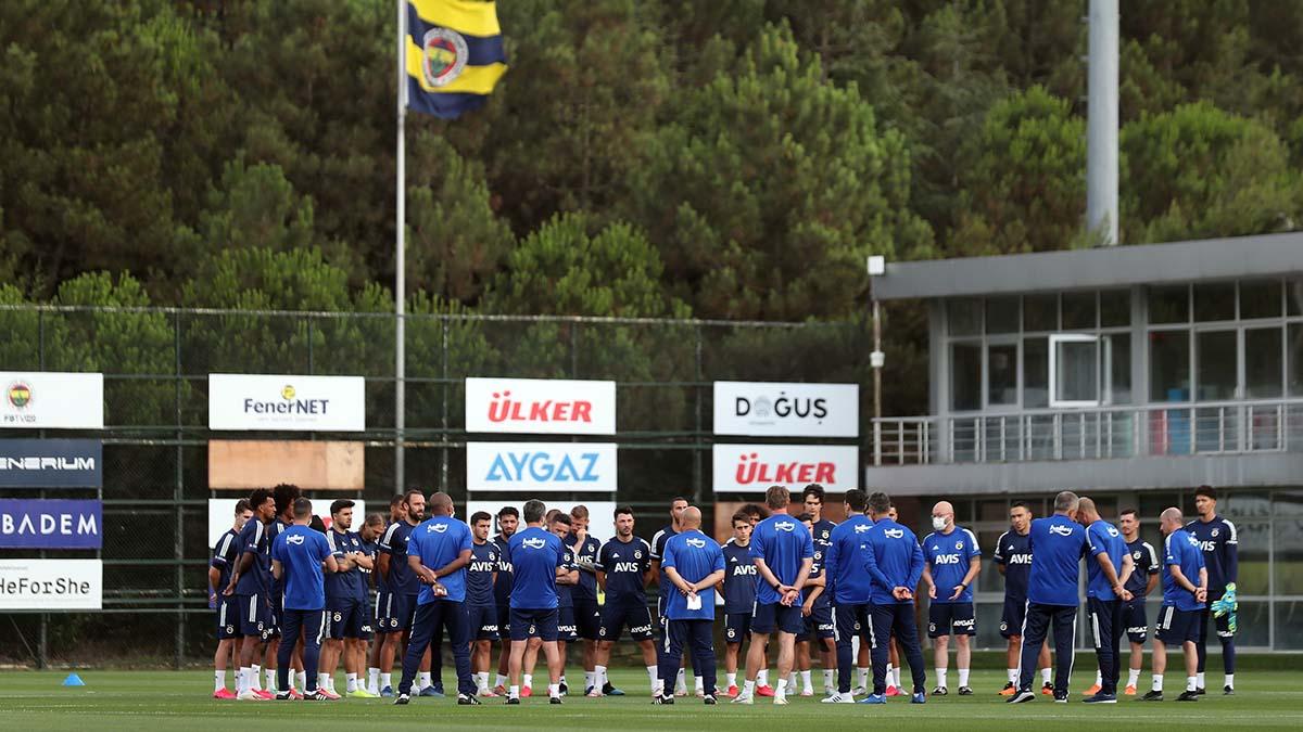 Futbol A Takımımız yeni sezonun ilk antrenmanını yaptı