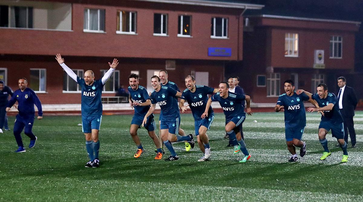Kulüp çalışanları 2. Fener Ol Futbol Turnuvası'nı düzenledi