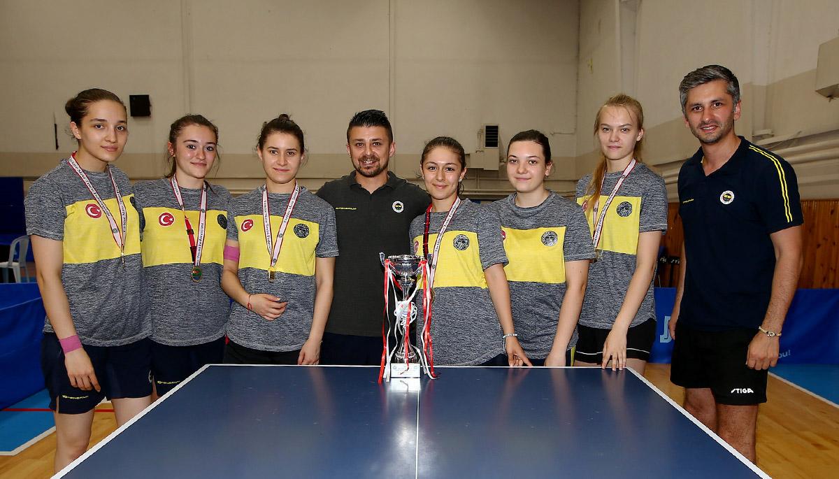 Fenerbahçe Kadın Masa Tenisi Takımımız Türkiye Kupası'nı kazandı