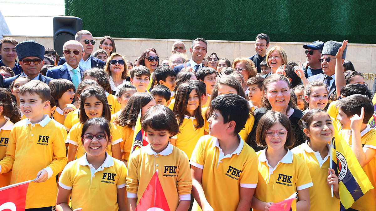 Fenerbahçemizin 112. yaşı ve Atamızın ziyaretinin 101. yıl dönümü kutlandı