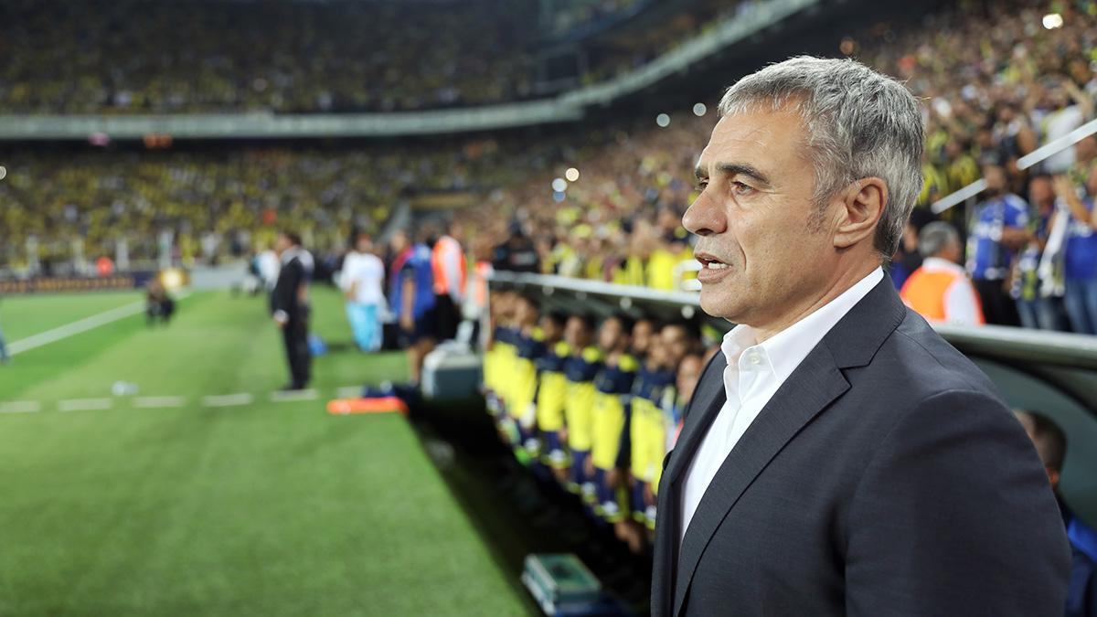 Teknik Direktörümüz Ersun Yanal: En büyük kazancımız taraftarlarımızın futbolcularımızı takdir etmesiydi