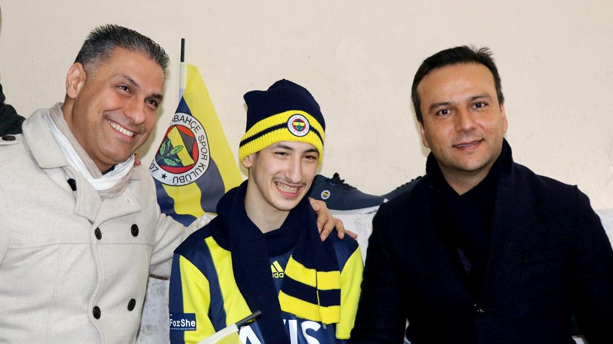 Adana Fenerbahçeliler Derneği'nden anlamlı davranış