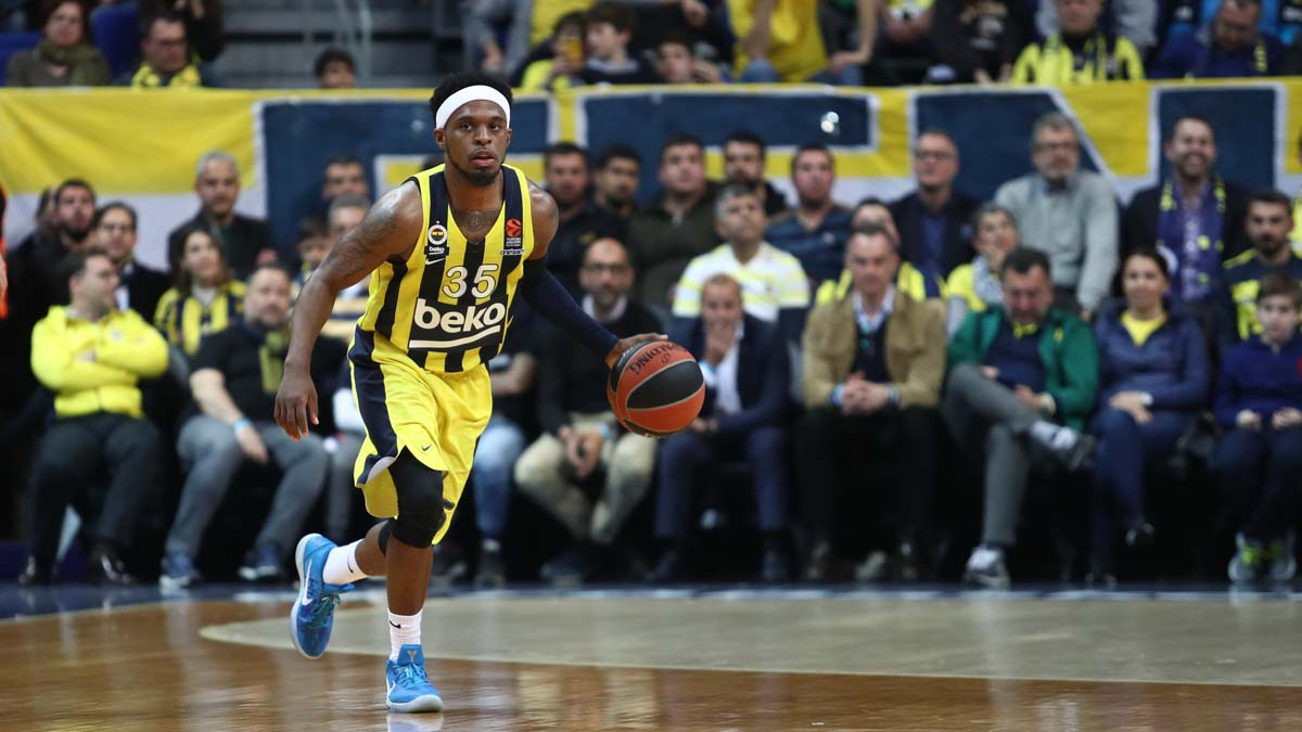 Ali Muhammed iki yıl daha Fenerbahçe Beko'da