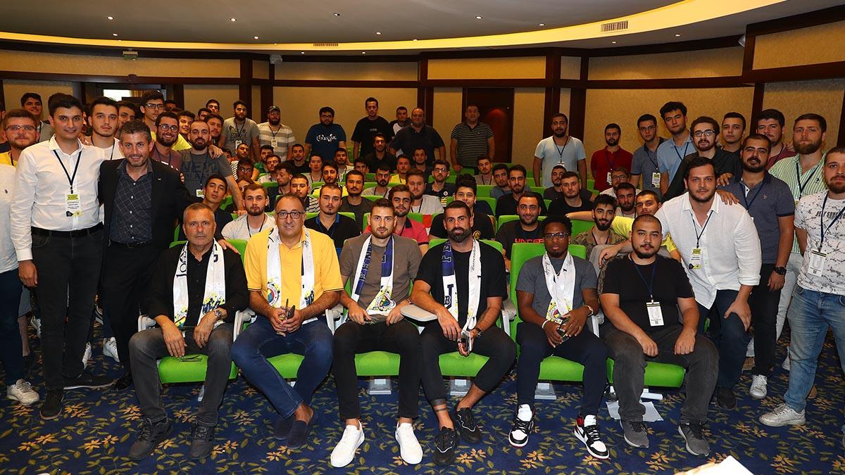 ÜNİFEB'in konseyine futbol ve basketbol takımlarımızdan katılım oldu