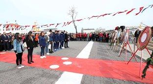 Yönetim Kurulu Üyemiz İlker Dinçay ve sporcularımız Çelenk Sunma Töreni'ne katıldı