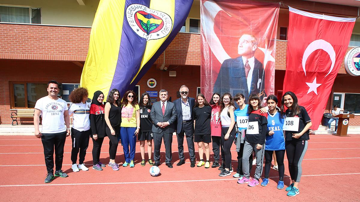 Dereağzı Lefter Küçükandonyadis Tesislerimiz 100.yıl 19 Mayıs Gençlik Oyunları'na ev sahipliği yaptı