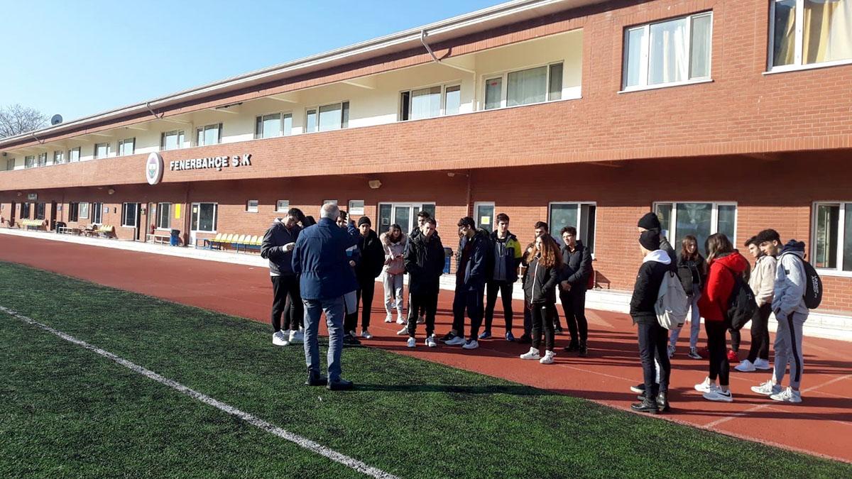 Fenerbahçe Lefter Küçükandonyadis Tesisleri'ne ziyaret