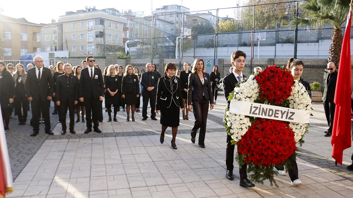 Fenerbahçe Koleji Atamızı andı