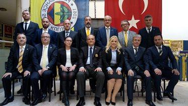 İnegöl Fenerbahçeliler Derneği 7.Olağan Genel Kurulu'nu yaptı