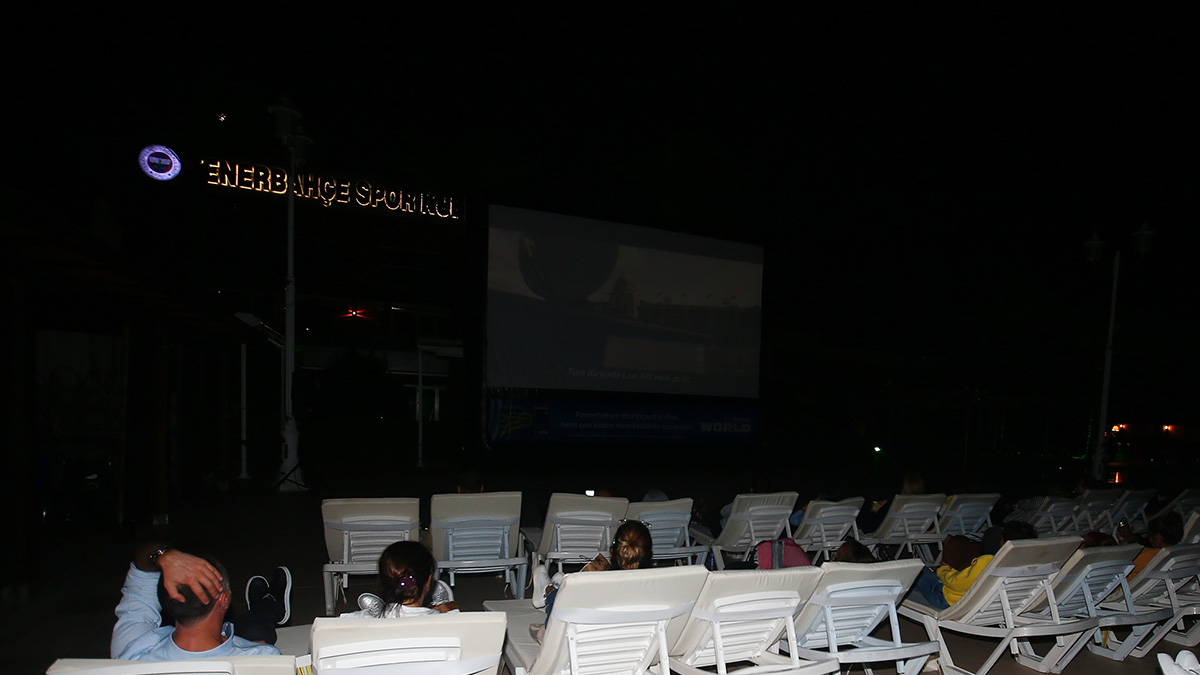 Üyelerimiz, Fenerbahçe Açık Hava Sinema organizasyonlarına büyük ilgi gösterdi