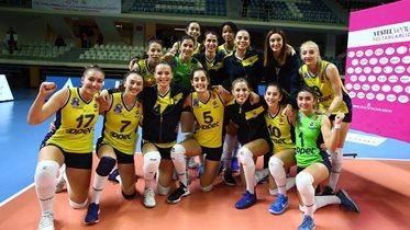 Fenerbahçe Opet, yarı final için sahaya çıkıyor
