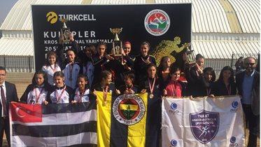 Atletlerimiz Kros Ligi'nde 1 şampiyonluk, 1 ikincilik, 1 de üçüncülük elde etti