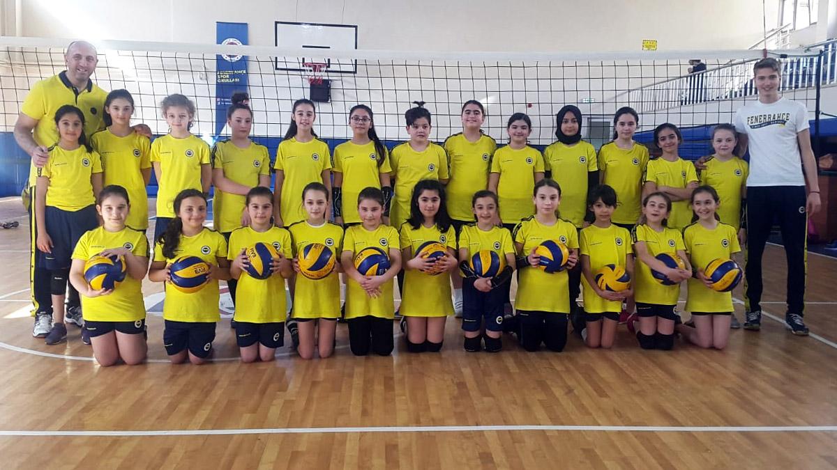 Tuzla/Aydınlı Basketbol-Voleybol Spor Okulumuzda Kayıtlar Devam Ediyor