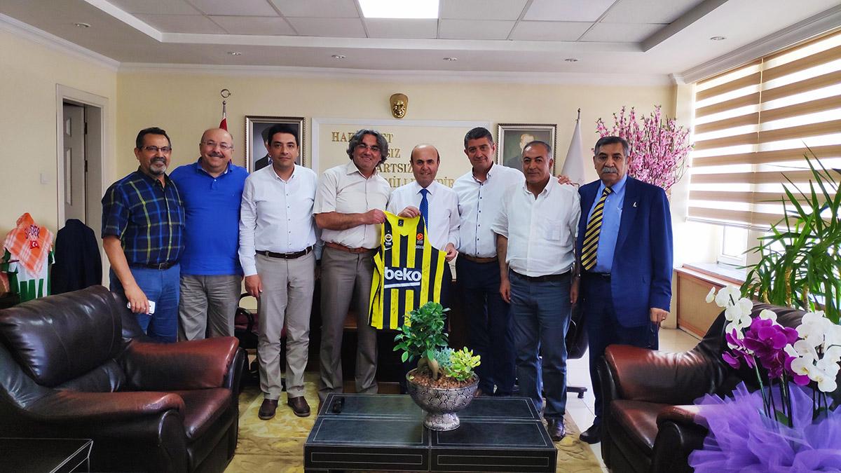 Kırşehir Fenerbahçeliler Derneği'nden Kırşehir Belediyesi'ne ziyaret
