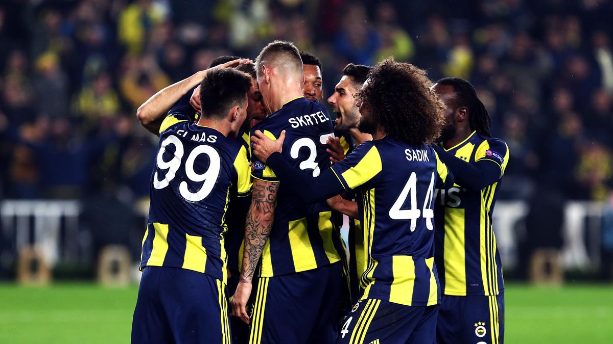 Fenerbahçemiz Antalyaspor'u konuk ediyor