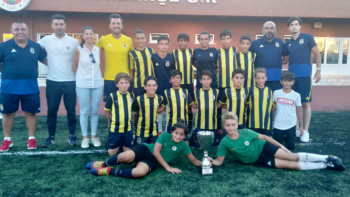 Fenerbahçe Spor Okulları Türkiye Futbol Şampiyonası'nın kazananı belli oldu