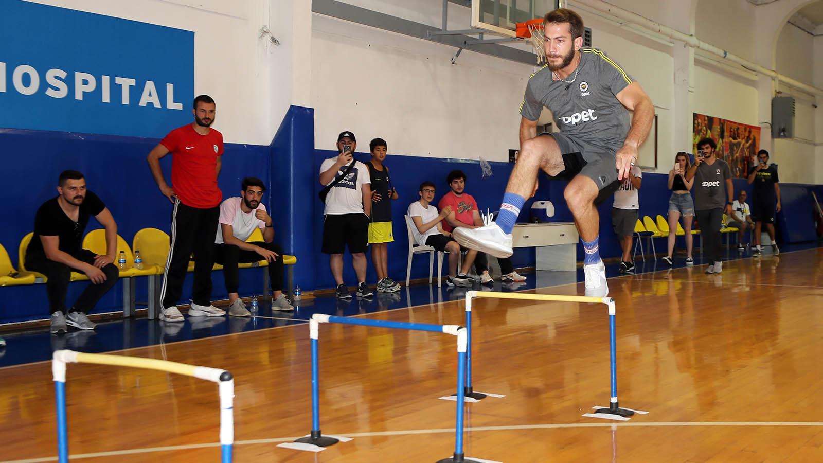 FBÜ Spor Bilimleri Fakültesi Özel Yetenek Sınavı Parkur Denemesi Yapıldı