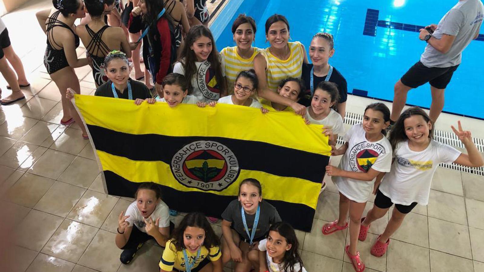 Artistik Yüzme Türkiye Yaz Şampiyonası'na sporcularımız damga vurdu