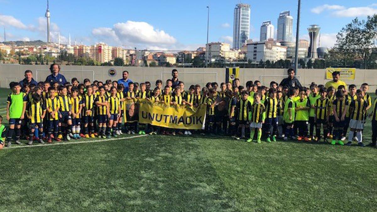 Fenerbahçe Spor Okulları Necdet Niş Futbol Turnuvası yapıldı