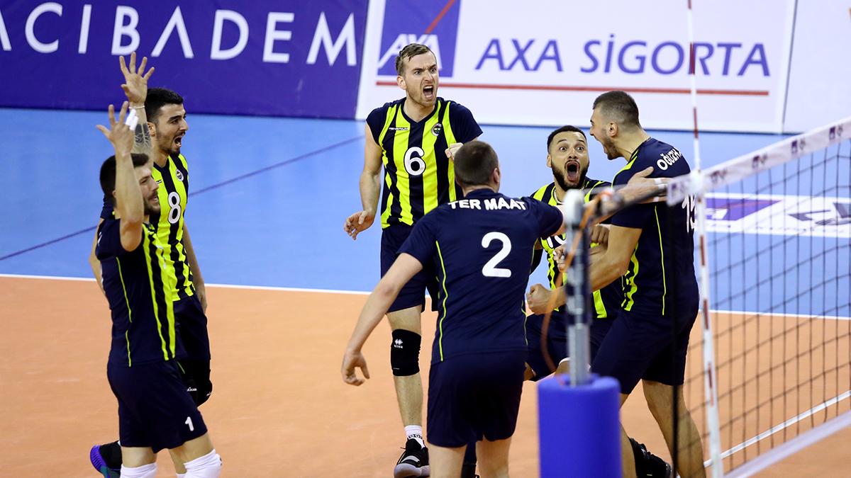Fenerbahçe Erkek Voleybol Takımımız AXA Sigorta Kupa Voley'de yarı finale yükseldi