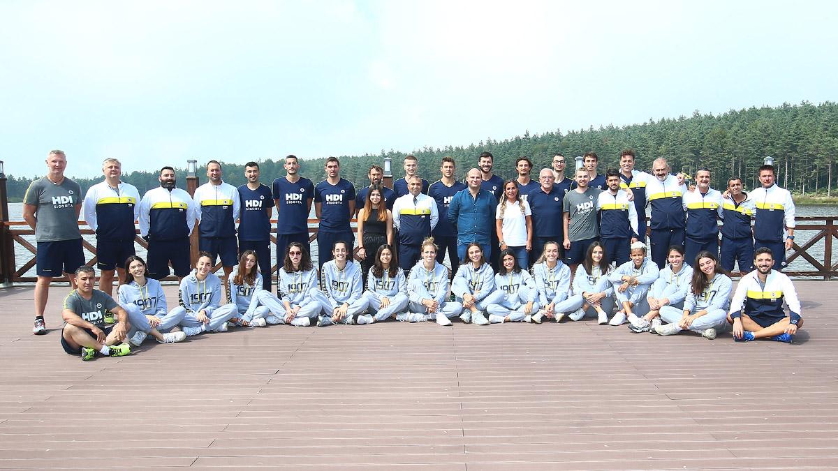 Yöneticilerimiz voleybolcularımızla Topuk Yaylası'nda bir araya geldi