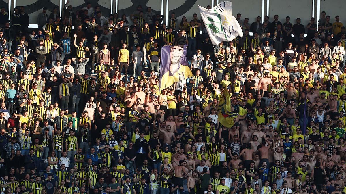 Hep Peşinden İz Sürdük Yol Bilmeden - Fenerbahçe Tribün Besteleri