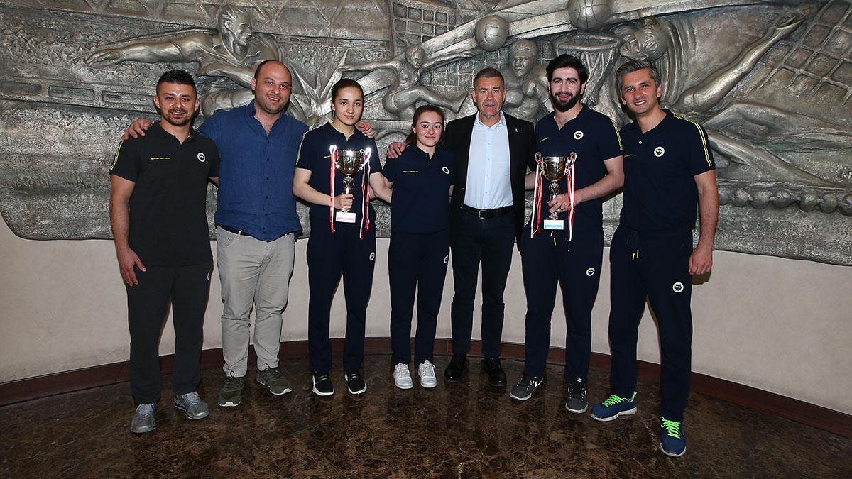 Şampiyon Masa Tenisi takımlarımızdan yöneticilerimize ziyaret