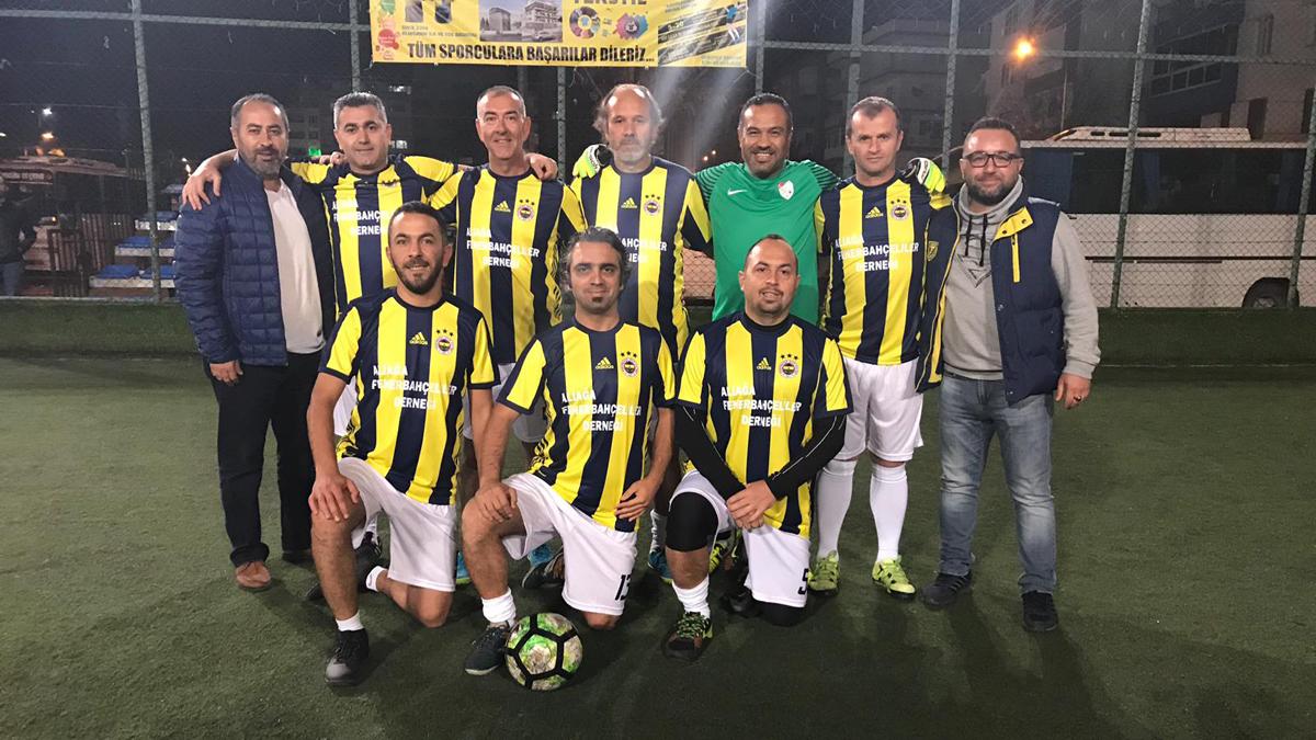 Aliağa Fenerbahçeliler Derneği Futbol Takımı final yolunda