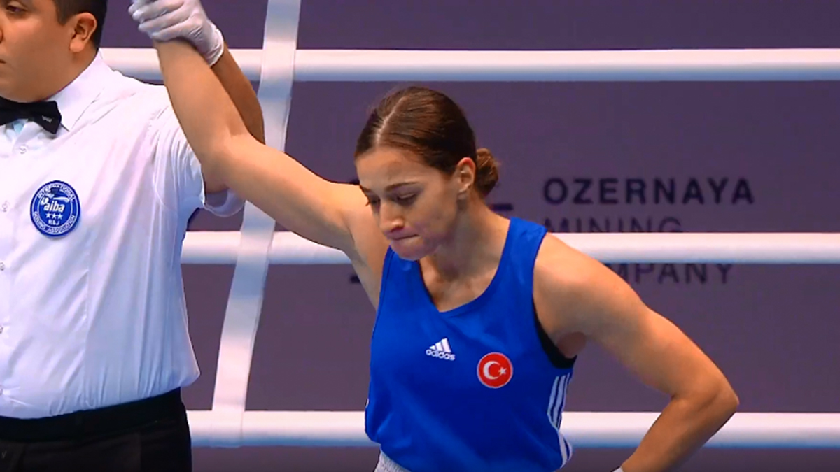 Buse Naz Çakıroğlu yarı finalde