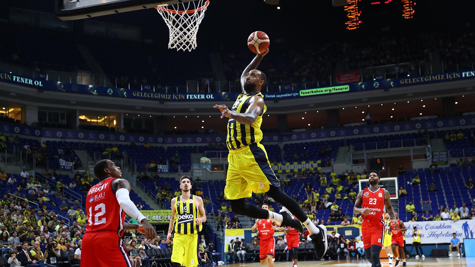 Fenerbahçe Beko 74-60 Bahçeşehir Koleji