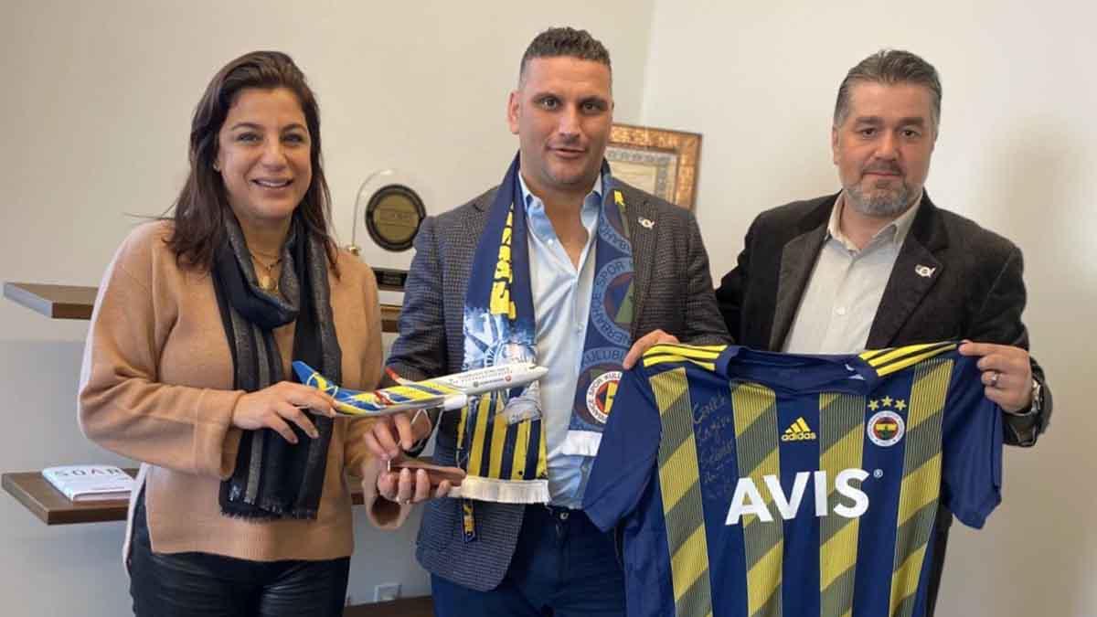 Fenerbahçe USA Derneğimizden, THY New York Genel Müdürü Cenk Öcal'a ziyaret