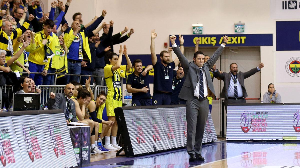 Victor Lapena: Artık gerçek bir Fenerbahçeliyim