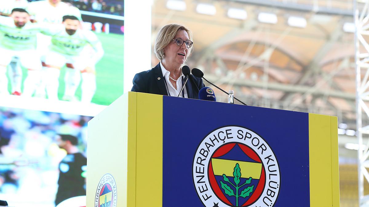 Genel Sekreterimiz Sevil Zeynep Becan Olağan Mali Genel Kurul Toplantısı'nda üyelerimize hitap etti