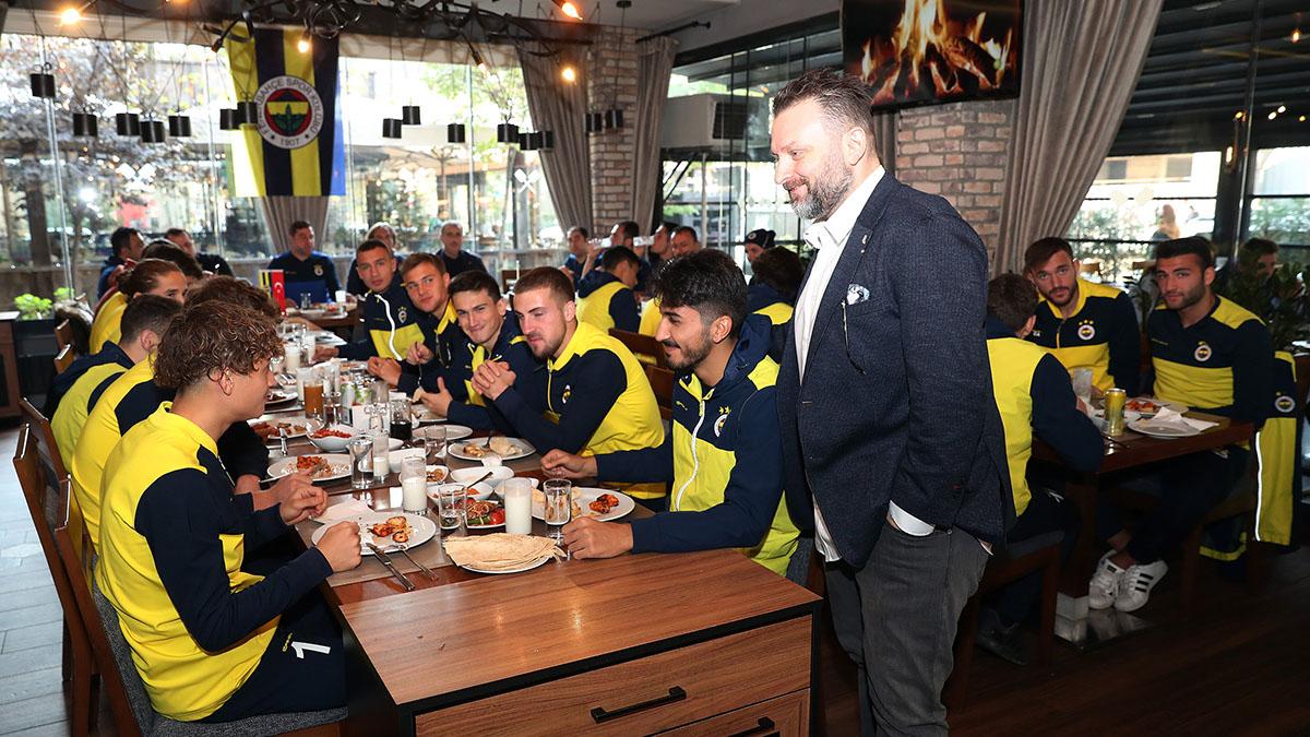 Yöneticilerimiz U19 Takımımızla yemekte bir araya geldi
