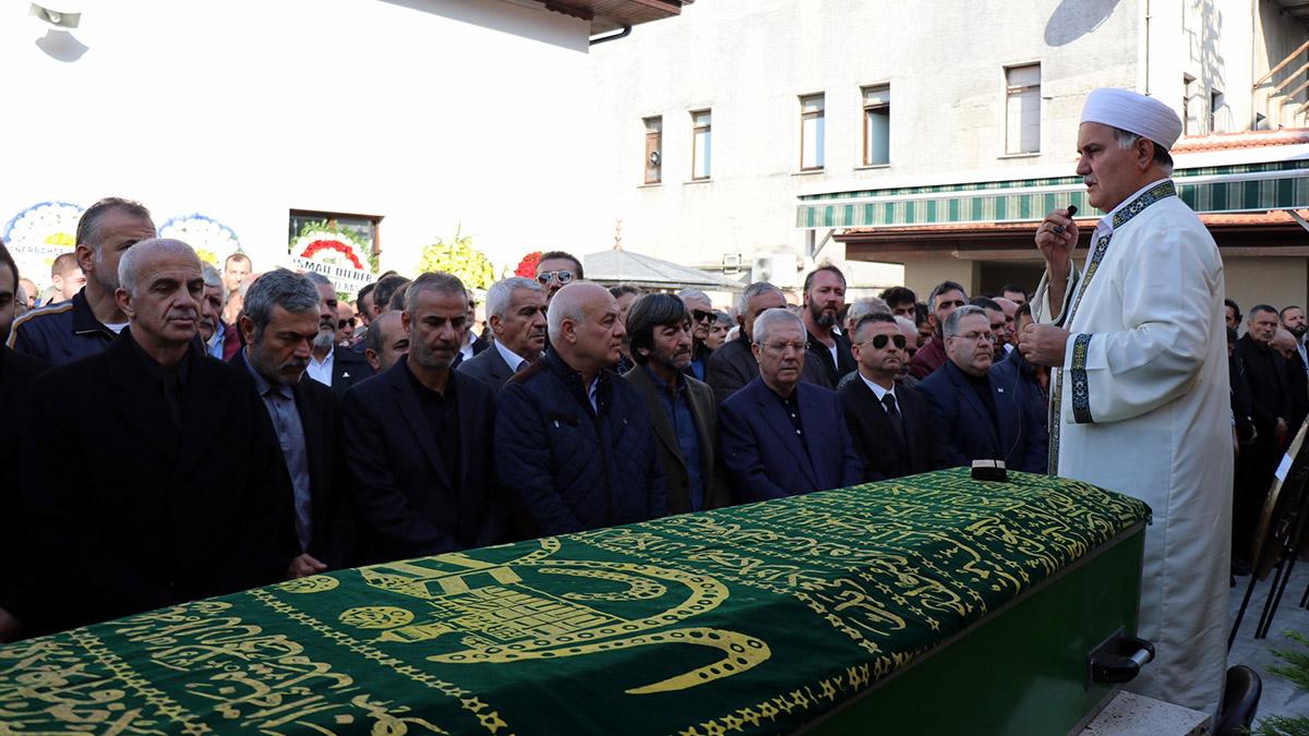 Oğuz Çetin'in babası Nihat Çetin son yolculuğuna uğurlandı