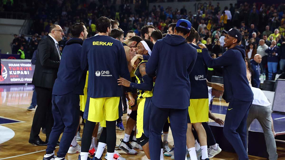 Basketbolcularımızdan şampiyonluk açıklamaları