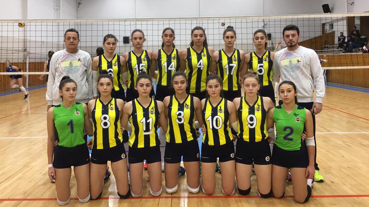 Fenerbahçe 3-2 Sarıyer (Genç Kız Voleybol)