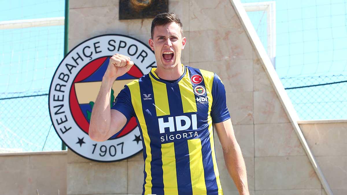 Graham Vigrass: Hem Türkiye Ligi'nde hem de Şampiyonlar Ligi'nde büyük başarılara ulaşacağız