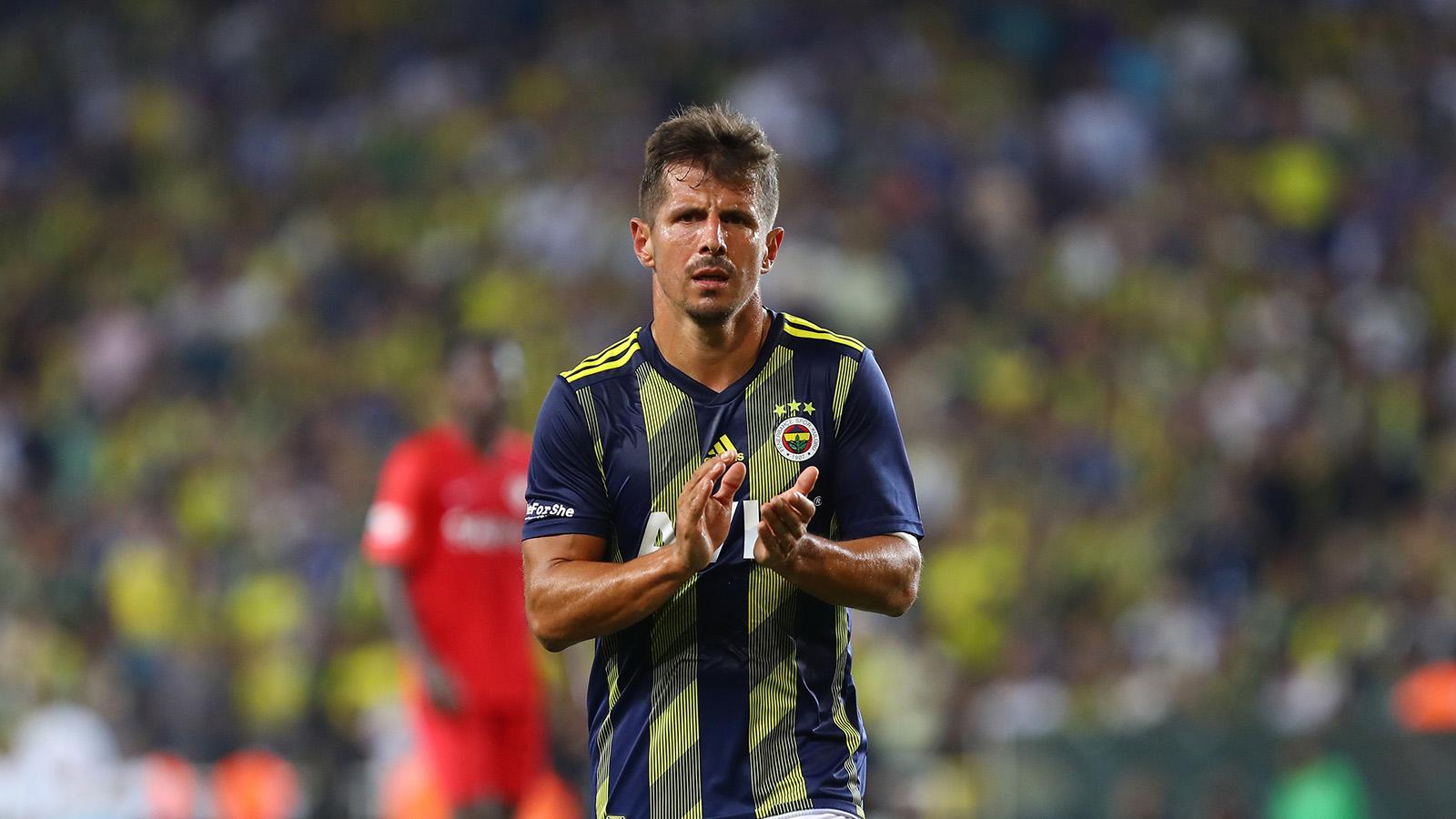 Emre Belözoğlu: Fenerbahçe'nin her daim neferi olmaya hazırım