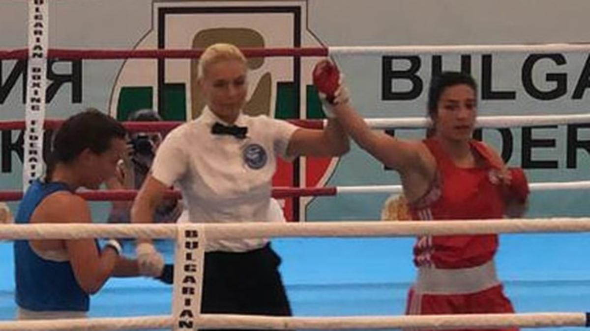 Ayşe Çağırır Bulgaristan'da yarı finale yükseldi