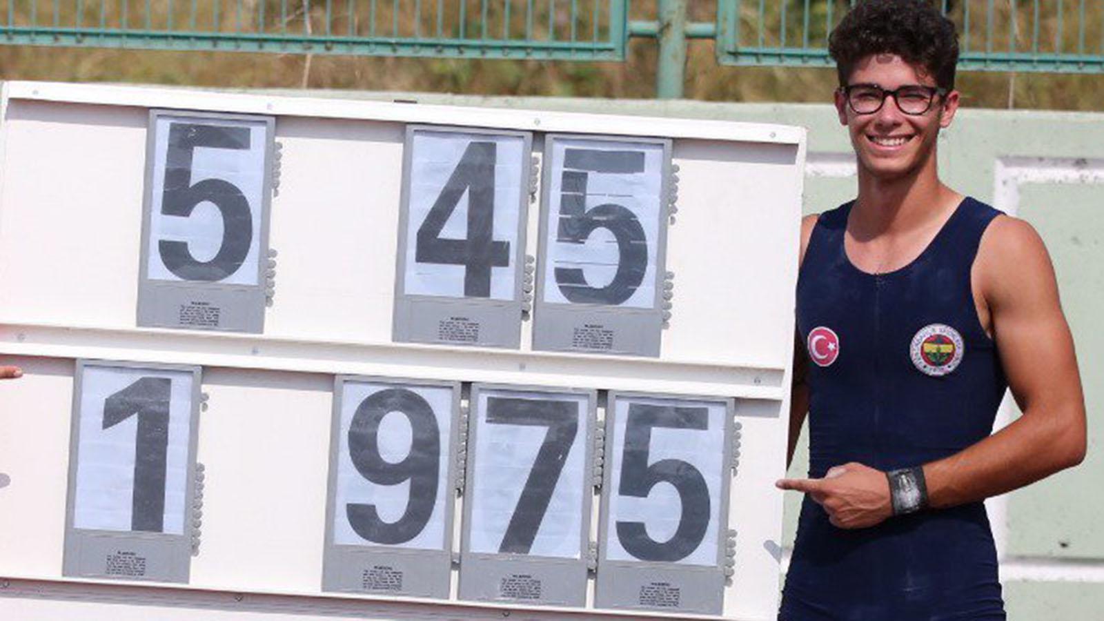 Atletlerimiz Türkiye U20 ve U23 Atletizm Şampiyonası'na damga vurdu