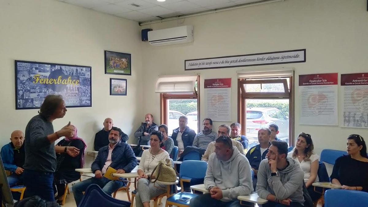 Futbol altyapıda veli toplantıları yapıldı