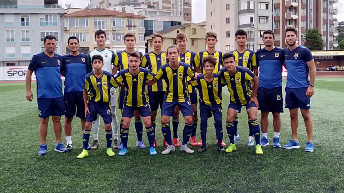 U16 ve U15 Takımlarımız hazırlık maçında Sultanbeyli Belediyespor ile karşılaştı