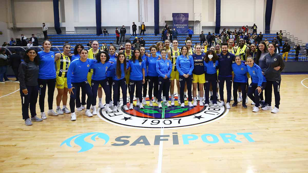Fenerbahçe Safiport 73-47 Sopron Basket