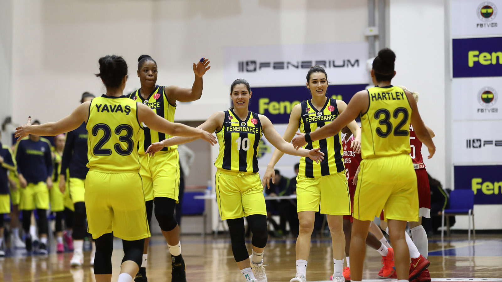 Fenerbahçe 76-68 Olympiacos