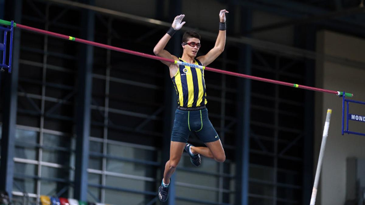 Atletlerimizden rekorlar