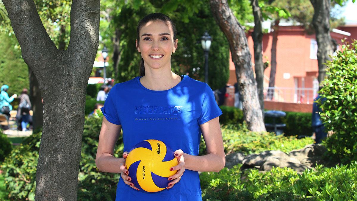 Naz Aydemir Akyol: Taraftarlarımızın gücünü arkamda hissederek oynamak için sabırsızlanıyorum