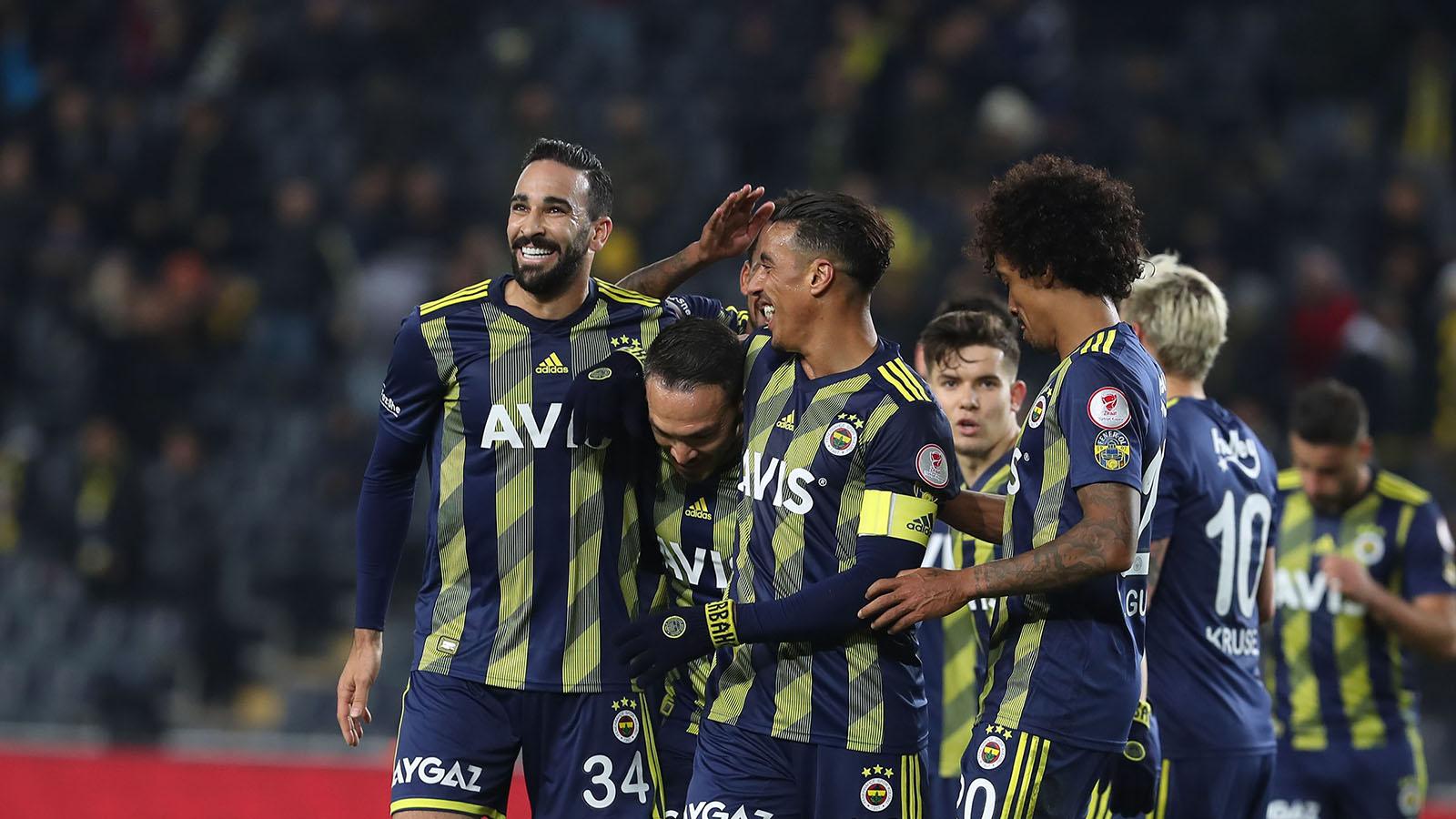 Fenerbahçemiz, Ziraat Türkiye Kupası'nda çeyrek finalde